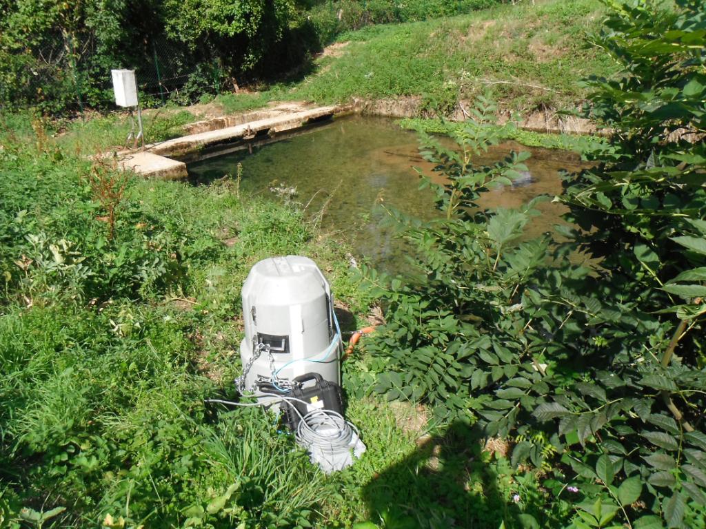 2020 Hydrogéologie traçage Calligée Aveyron Fluorimètre